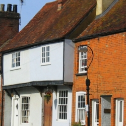 A Complete Guide to the Roles of a Party Wall Surveyor